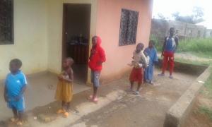 Distribution au centre de Zoétélé