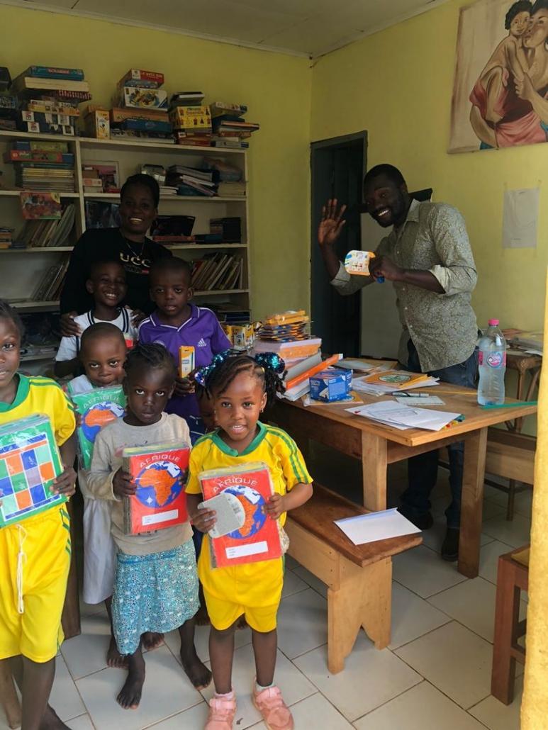 Distribution centre Jardin Eden rentrée Cameroun 2020